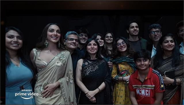 vikram batra reel and real family celebrates release of shershaah