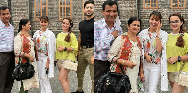 rubina dilaik enjoying with family in himachal