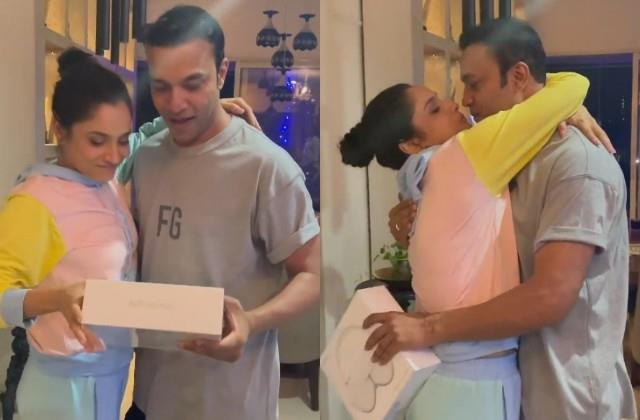 ankita lokhande gave a special gift to vicky jain on his birthday