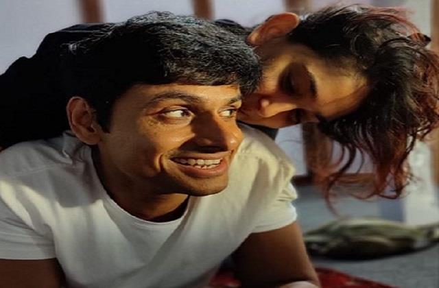 ira khan romantic photo viral with boyfriend nupur shikhare