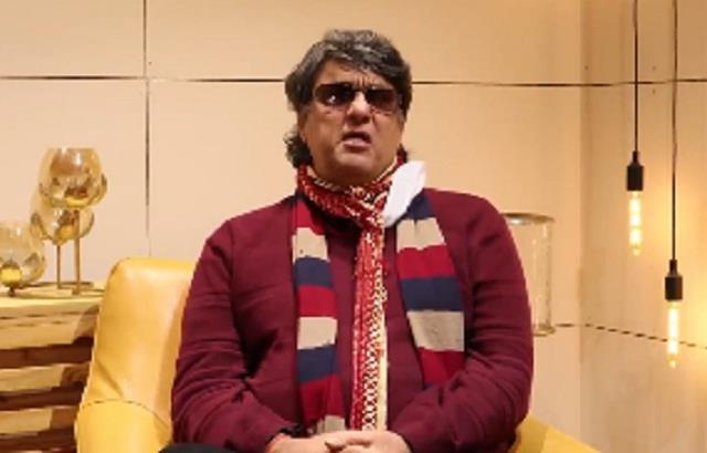 mukesh khanna furious at those who eat and cut cows