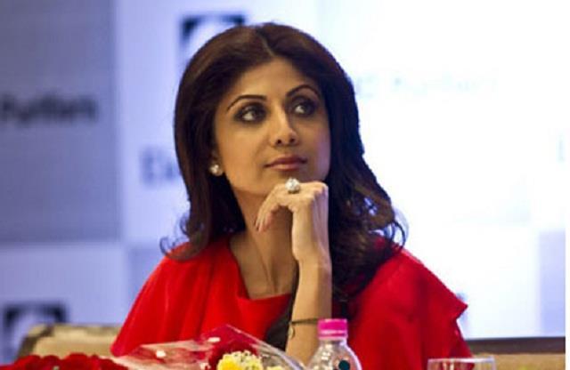 shilpa shetty furious on the question about her husband raj kundra