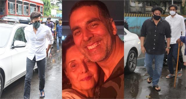 ritesh deshmukh to sajid khan arrives for last rites of akshay kumar mother
