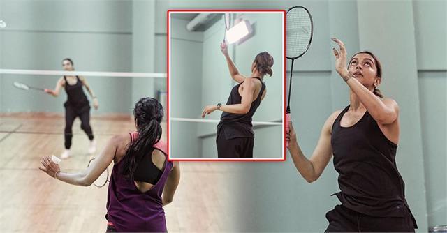 deepika padukone shares badminton session with pv sindhu