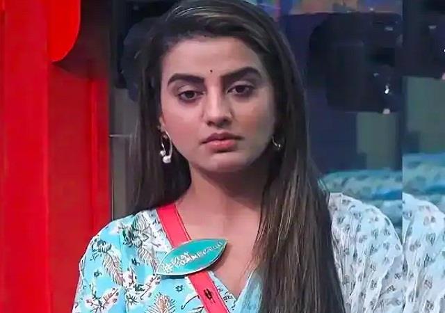 akshara singh shocking revelation about her relationship