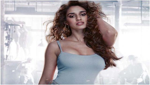 with which bollywood actor disha patani will look good